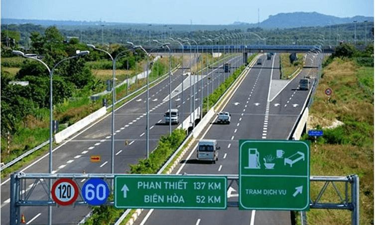 Sử dụng cruise-control trên đường cao tốc